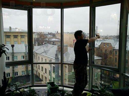Стандартные глухие окна балкона